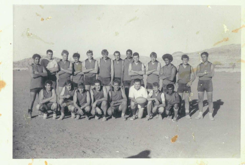 Port Hedland Rovers 1967 with umpire Colin Matheson